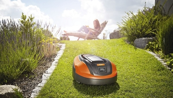 Photo of UK last in Europe to ?turn on? to robotic mowers latest research reveals