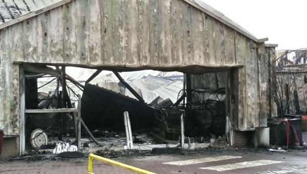 Photo of 'Major damage' in Stokesley garden centre fire