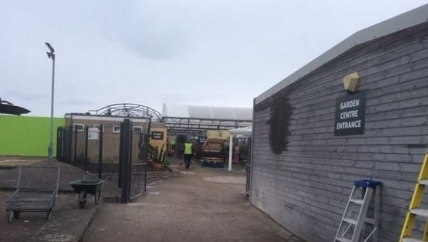 Photo of Part of Strikes garden centre reopens to public after devastating fire