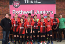 Photo of Tong Garden Centre helps junior football team look the part