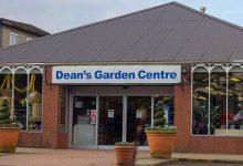 Photo of Deans Garden Centre raises ?30k for Macmillan