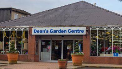 Photo of Deans Garden Centre raises ?30k for Macmillan
