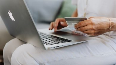 Photo of Online retail sales hold steady in March