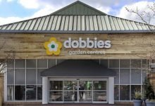 Photo of Environment Minister visits Dobbies Garden Centre